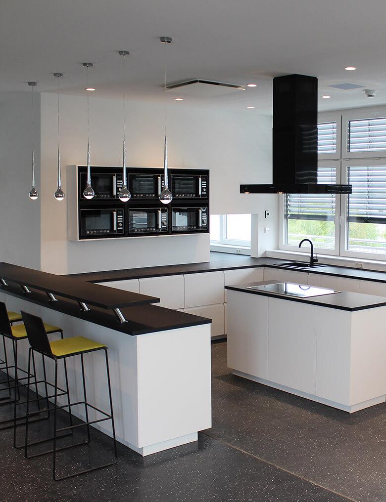 Gestaltung eines Koch- und Essbereiches (gewerblich)