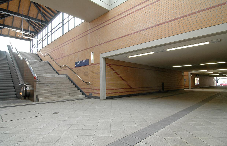 Innenaufnahme des Bahnhofs Jungfernheide Berlin