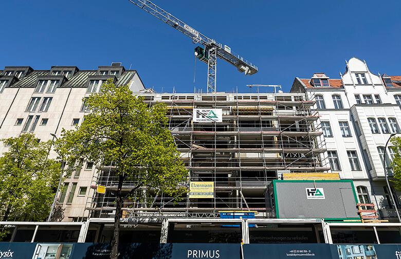 Baustelle Lietzenburger Straße – Straßenseite